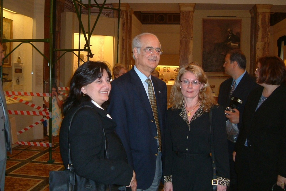 Patricia Vaccarino and President of Greece 2003